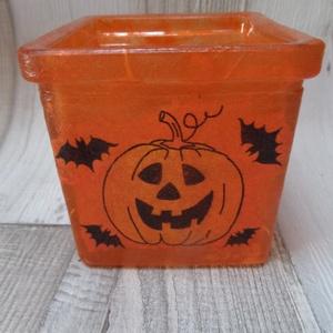 Halloween  mécsestartó üveg , Gyertya & Gyertyatartó, Dekoráció, Otthon & Lakás, Decoupage, transzfer és szalvétatechnika, Halloween tök és denevér mintás mécsestartó üveg.Rizspapírral és szalvétával kívülről díszítve és la..., Meska
