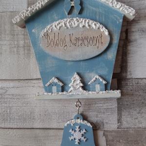 Téli,karácsonyi házikó alakú ajtódísz,üdvözlőtábla választható feliratos táblával, Otthon & Lakás, Karácsony & Mikulás, Karácsonyi kopogtató, Festett tárgyak, Téli,karácsonyi házikó alakú ajtódísz,üdvözlőtábla,fali dísz közepén választható feliratos(Boldog Ka..., Meska