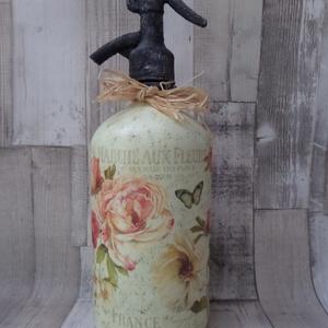 Retro szódásüveg boros vagy romantikus rózsa mintával, Dekoráció, Otthon & lakás, Esküvő, Esküvői dekoráció, Decoupage, transzfer és szalvétatechnika, Festett tárgyak, Retro szódásüveg boros vagy romantikus rózsa mintával díszítve.A feje vaspasztával és metál viaszpas..., Meska