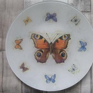 Lepke,pillangó mintás üveg tál,tányér, Tányér & Étkészlet, Konyhafelszerelés, Otthon & Lakás, Decoupage, transzfer és szalvétatechnika, Lepke,pillangó mintás üveg tál,tányér.Alulról van díszítve és lakkozva,így bátran használható kínáló..., Meska