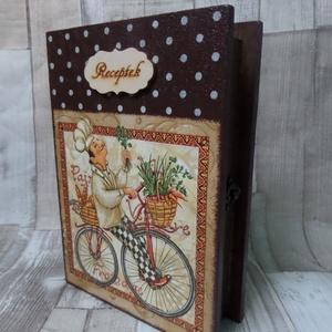 Könyv alakú receptgyűjtő,receptes doboz biciklis szakács mintával, Otthon & Lakás, Konyhafelszerelés, Receptfüzet, Decoupage, transzfer és szalvétatechnika, Festett tárgyak, Könyv alakú receptes doboz kallantyús zárral dekupázs technikával díszítve.A belseje dió színű lazúr..., Meska