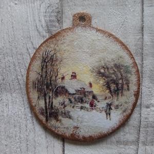 Vintage karácsonyi mintás szaloncukor alakú függődísz, Otthon & Lakás, Karácsony & Mikulás, Karácsonyfadísz, Decoupage, transzfer és szalvétatechnika, Vintage karácsonyi mintás szaloncukor alakú függődísz ,karácsonyfa dísz.Mérete 8 cm.Többféle hasonló..., Meska