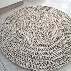 Horgolt pamut szőnyeg bézs, Otthon & Lakás, Lakástextil, Szőnyeg, Horgolás, 5 mm-es, prémium minőségű, zsinórfonalból készült kerek szőnyeg. Átmérője kb. 80 cm, vastagsága 1 cm..., Meska