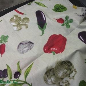Vidám zöldséges abrosz, terítő, pl. vegetáriánusoknak, Otthon & Lakás, Terítő, Konyhafelszerelés, Kevert szálas pamutvászonból varrt, dekoratív, vidám  mintájú abrosz.  137x102cm, Meska