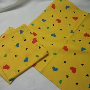 Textil zsebkendő, szalvéta, ajándék csomagoló kendő  37 x 37 cm , Otthon & Lakás, Szalvéta, Konyhafelszerelés, Finom tapintású, vékonyabb szövésű pamutvászonból varrt zsebkendő. vagy szalvéta, vagy ajándék csoma..., Meska