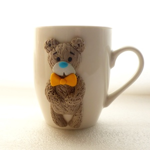 Medve bögre, Otthon & lakás, Konyhafelszerelés, Bögre, csésze, Dekoráció, Ünnepi dekoráció, Anyák napja, Gyurma, A bögre díszítését kézzel formáztam süthető gyurmából.\nA bögre mindennapos használatra alkalmas, de ..., Meska