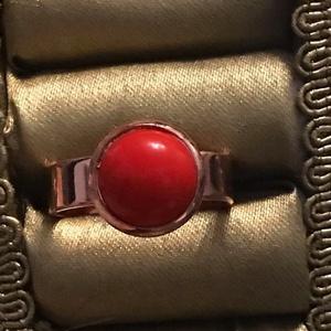 rose gold állítható gyűrű, Ékszer, Gyűrű, Ékszerkészítés, Állítható gyűrű.\nMéret: 10 mm piros kerámia cabochon., Meska