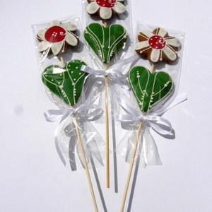 Mézeskalács virág,Nőnapra,Ballagásra,Pedagógusnapra,bármilyen alkalomra.., Otthon & Lakás, Dekoráció, Dísztárgy, Mézeskalácssütés, \n\n3darab/csomag\nBambusz pálcán mézeskalács virág.A virág része kb 14 cm magas,pálcával együtt;kb.26-..., Meska