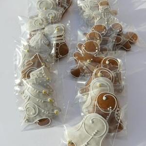 """Karácsonyi mézeskalács,\""""gyerekbarát\"""" karácsonyfadísz csomag, Karácsony & Mikulás, Mézeskalácssütés, Tartalma: 30 db közepes (6,5-7 cm) méretű mézeskalács,karácsonyfadísz.\n\n5 FIGURÁBÓL 6-6db (karácsony..., Meska"""