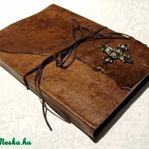 Antikolt bőr napló ősi hun kereszttel (anyeska) - Meska.hu