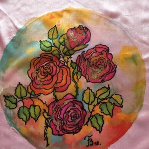 Selyemkép, Otthon & lakás, Képzőművészet, Festmény, Festmény vegyes technika, Lakberendezés, Falikép, Selyemfestés, Gyönyörű, egyedi, 100% hernyóselyemre készített színekkel teli festmény. \nMérete, átmérője: 20cm.\nA ..., Meska