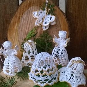 Horgolt karácsonyfa dísz, Karácsonyfadísz, Karácsony & Mikulás, Otthon & Lakás, Horgolás, Fehér horgolócérnából készítettem ezt a horgolt karácsonyi dísz csomagot.Cukoroldattal keményítettem..., Meska