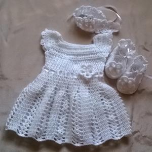 Horgolt baba ruha, Gyerek & játék, Táska, Divat & Szépség, Gyerekruha, Ruha, divat, Baba (0-1év), Horgolás, Keresztelőre szántam ezt a kis ruhát.Anyaga acryl fonal .Tartozik hozzá egy kis cipő és egy hajpánt ..., Meska