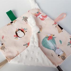 Süni- alvókendő, játszókendő kisbabáknak!  , Gyerek & játék, Baba-mama kellék, Játék, Készségfejlesztő játék, Minőségi, designer pamutvászonból készített alvókendő, címkékkel. Kérheted minky dot (képen látható)..., Meska