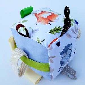 Vukk -készségfejlesztő játékkocka kisbabáknak . :), Babakocka, 3 éves kor alattiaknak, Játék & Gyerek, Varrás, Patchwork, foltvarrás, Pici babák számára készült puha játékkocka, amely megannyi színnel és élménnyel várja kis tulajdonos..., Meska