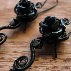 Fekete Rózsa (AquilaHaza) - Meska.hu