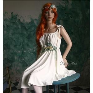 DANAE - nimfaruha, Táska, Divat & Szépség, Esküvő, Menyasszonyi ruha, Női ruha, Ruha, divat, Szép esésű, opál-zöldes matt selyemből terveztem és kézzel festett hernyóselyem-virág-dekorációval d..., Meska