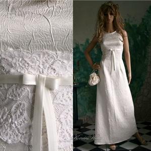 ORIANA - menyasszony, Esküvő, Táska, Divat & Szépség, Menyasszonyi ruha, Esküvői ruha, Ruha, divat, Gyűrt düseszből készült klasszikus vonalú menyasszonyi ruha, zárt nyakkal és kissé befelé ívelő ujja..., Meska