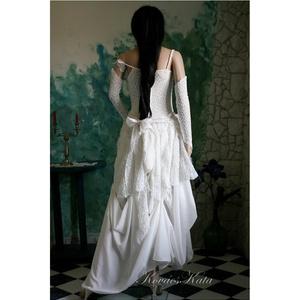 LINDA - menyasszonyi ruha  (Aranybrokat) - Meska.hu