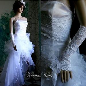 GILIAN - menyasszonyi ruha, Esküvő, Menyasszonyi ruha, Ruha, Látványos, hófehér menyasszonyi ruha. Bár a tüllök és az organza miatt terjedelmesnek látszik mégis ..., Meska
