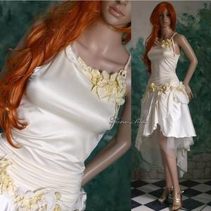 NIOBE - tündérruha, Esküvő, Ruha, Menyasszonyi ruha, Selyemfestés, Varrás, Kézzel festett selyemvirág-rátétekkel díszítettem ezt az erdei-nimfák-ihlette modellem.\nA felső-rész..., Meska