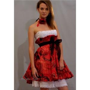 KIRA - design dolly-ruha  (Aranybrokat) - Meska.hu