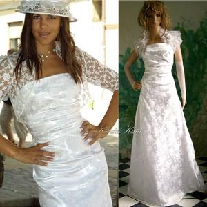 """DOMINIKA - menyasszonyi ruha, Esküvő, Menyasszonyi ruha, Ruha, Klasszikus vonalvezetésű menyasszonyi alapruha vastag, hófehér, rózsamintás brokátselyemből.   A """"mo..., Meska"""
