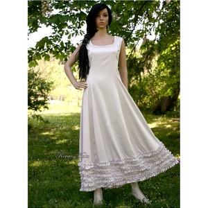 MILENA - romantikus design-ruha , Esküvő, Ruha, Menyasszonyi ruha, Különösen finom, halvány-szürkés árnyalatú elasztikus,selymes felületű pamutvászonból terveztem ezt ..., Meska