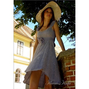 LEVENDULA-KISASSZONY, Női ruha, Ruha & Divat, Alkalmi ruha & Estélyi ruha, Varrás, Festett tárgyak, Különleges, jó tartású, jacquard selyemből készítettem ezt a bájos kis ruhát. \nLevendula színűre fes..., Meska
