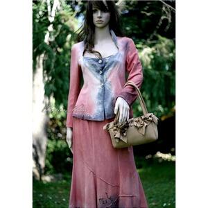 BURETT - iparművész örömanya kosztüm, Táska, Divat & Szépség, Női ruha, Ruha, divat, Kosztüm, Esküvői ruha, Varrás, Selyemfestés, Különleges, kézzel festett két részes ruha hernyóselyemből.\n(Rusztikus-buklés felületű puha, jó esés..., Meska