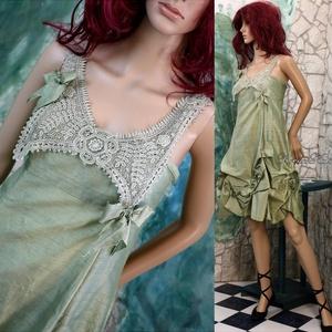 DANA - romantikus selyemruha, Táska, Divat & Szépség, Esküvői ruha, Ruha, divat, Női ruha, Kézzel festett hernyóselyem-shantung romantikus ruha rózsákkal, piékkel, a dekoltázson antik festett..., Meska