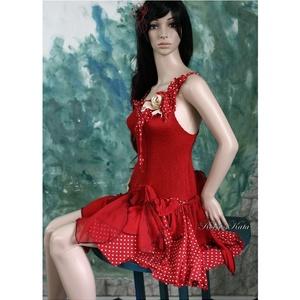 CSINIBABA táncruha, menyecske ruha, Esküvő, Menyecske ruha, Ruha, Tűzpiros gumírozott pamutselyem, pöttyös selyem és piros muszlin felhasználásával született szexi fa..., Meska