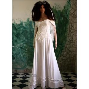 TEREZIA - menyasszonyi ruha, Esküvő, Táska, Divat & Szépség, Menyasszonyi ruha, Esküvői ruha, Ruha, divat, Női ruha, Estélyi ruha, Romantikus elegancia: Jó-tartású, tört-fehér gyöngyvászonból tervezett modellem a természetes anyago..., Meska