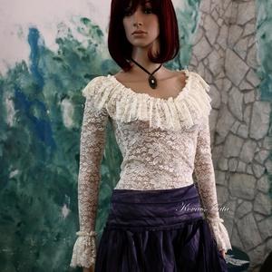 LOLITA csipke-felső , Blúz, Női ruha, Ruha & Divat, Varrás, Hosszú ujjú, romantikus csipke-felső tört-fehér finom elasztikus csipkéből.\n\nMérete S/ 36-38\nEgyedi ..., Meska