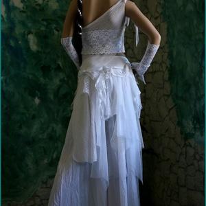 MARY - menyasszonyi ruha (Aranybrokat) - Meska.hu