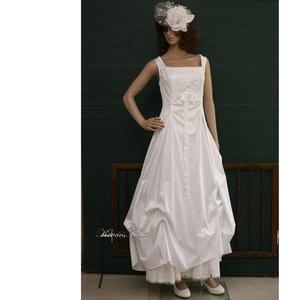 LETÍCIA - menyasszonyi ruha, Esküvő, Menyasszonyi ruha, Táska, Divat & Szépség, Esküvői ruha, Ruha, divat, Női ruha, Estélyi ruha, Varrás, Ez a hófehér pamut-szaténból készült princesszruha minden testalkatra előnyös.\nSzép szögletes kivágá..., Meska