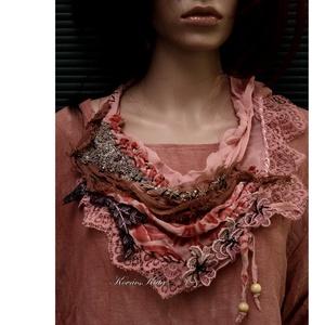 VERONA / terrakotta - art to wear textilékszer (Aranybrokat) - Meska.hu
