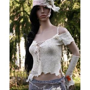 NIMFA - bohém csipkefelső S, Táska, Divat & Szépség, Női ruha, Ruha, divat, Blúz, Póló, felsőrész, Varrás, Luxus-minőségű kötött csipkéből terveztem ezt a szexisen-romantikus darabot. \nAlja-vonalát cakkosra ..., Meska
