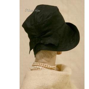 TANIA cloche - design flapper-kalap (Aranybrokat) - Meska.hu