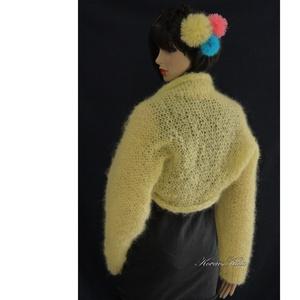 VANÍLIAHAB-BOLERÓ - kézzel kötött mohair kabátka , Táska, Divat & Szépség, Női ruha, Ruha, divat, Kabát, Gyönyörű, vanília-sárga színű, könnyű, dús mohair-fonalból kötöttem ezt az extravagáns darabot. Egys..., Meska