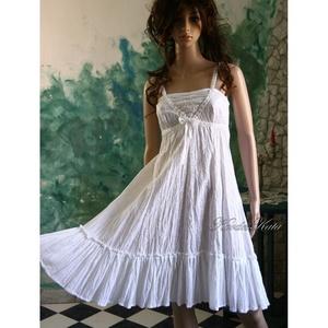 AIDA - hímzett pamut lolita ruha , Táska, Divat & Szépség, Női ruha, Ruha, divat, Ruha, Csini ruhácska hófehér hímzett könnyű pamutvászonból, alján krepp-géz fodorral, dísz-szalag dekoráci..., Meska