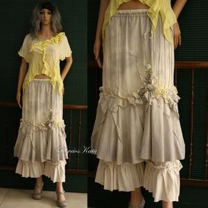SILKO - artsy exkluzív selyemszoknya , Női ruha, Ruha & Divat, Alkalmi ruha & Estélyi ruha, Varrás, Festett tárgyak, Különleges, visszafogott fényű hernyóselyem-pamut kelméből készült ez az exkluzív modellem.\nPiékkel,..., Meska