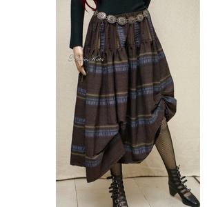DÖNIZ - design szoknya, Ruha & Divat, Szoknya, Női ruha, Különleges, jó tartású, csíkos gyűrt pamut-puplinból készült nőies húzott szoknya. Kényelmes behúzot..., Meska
