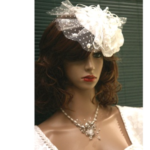 FASCINATOR  - PIN-UP esküvői kalapka  - esküvő - hajdísz - fésűs hajdísz - Meska.hu