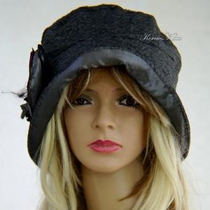 FRIDA cloche - antikselyem flapper-kalap, Táska, Divat & Szépség, Sál, sapka, kesztyű, Ruha, divat, Sapka, Női ruha, A különleges kalapok szerelmeseinek ajánlom ezt az 1920-as évek stílusában tervezett  kalapocskám.  ..., Meska
