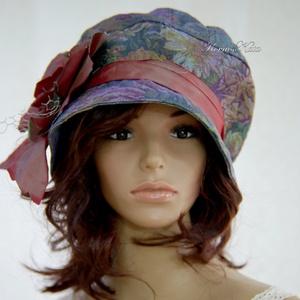 BERTA - exkluzív gobelin-mintás design kalap, Táska, Divat & Szépség, Ruha, divat, Sál, sapka, kesztyű, Sapka, Női ruha, Az egyedi kalapok szerelmeseinek ajánlom ezt az 1920-as évek stílusában tervezett, öblös tetejű, mél..., Meska
