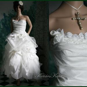 FRANCESCA - bohém menyasszonyi ruha, Esküvő, Menyasszonyi ruha, Ruha, Ezt a tündéri, habos, raffolt, tüllös menyasszonyi ruhát a különlegességek szerelmeseinek készítette..., Meska