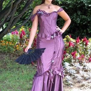 LUDMILLA - romantikus exkluzív báli-ruha, alternatív menyasszonyi ruha, Ruha & Divat, Női ruha, Alkalmi ruha & Estélyi ruha, Ezt a különleges modellem akár második esküvődre is felveheted! Gazdagon díszített kényelmes halcson..., Meska