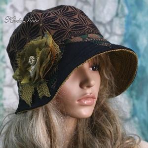 CLOCHE-ŐSZ - design flapper-kalap, Ruha & Divat, Sál, Sapka, Kendő, Kalap, Varrás, Újrahasznosított alapanyagból készült termékek, Az ősz színeiben készült különleges kalapocskám a \'20-as évek flapper stílusában készült, csodaszép ..., Meska