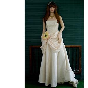 MADELINE - barokkos menyasszonyi ruha , Esküvő, Ruha, Menyasszonyi ruha, Ez a ruha-különlegesség természetes anyagokból készült:  a ruhaderék madeira (azsúros hímzett) könny..., Meska